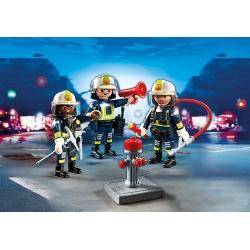 Tým hasičů