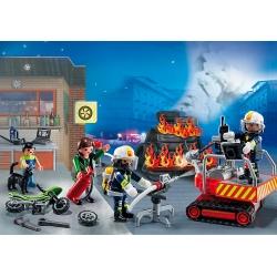 """Adventní kalendář """"Zásah hasičů"""" s překvapením"""