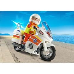Lékař na motorce