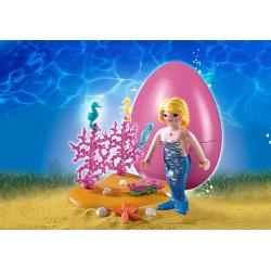 Mořská panna s mořskými koníky