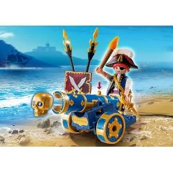 Důstojník pirátů s interaktivním modrým kanónem